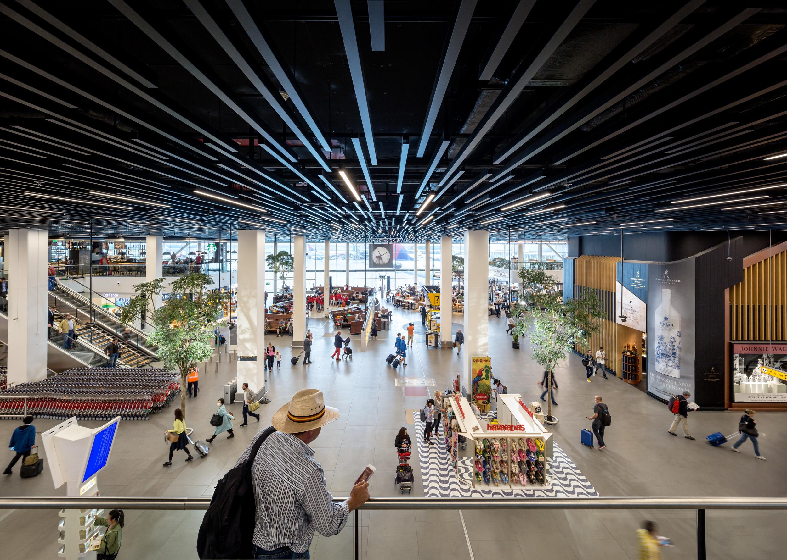 Schiphol Lounge 2: \'Er gaan niet één, maar zeven werelden voor u ...
