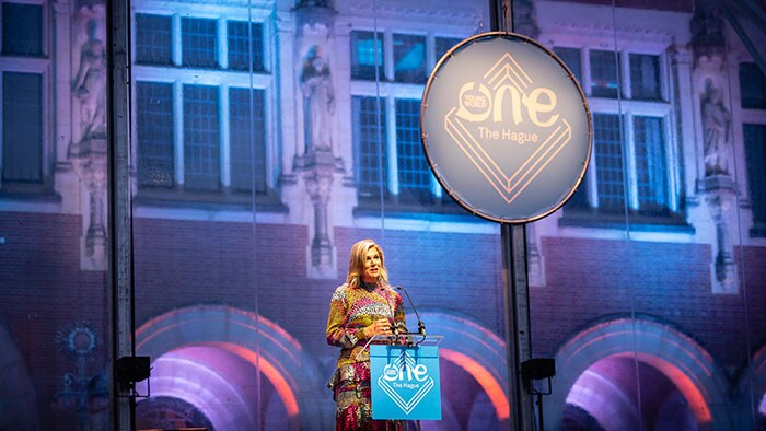 Prinses Máxima op het podium tijdens de One Young World summit