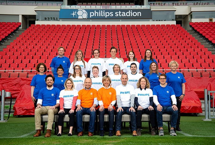 Het Communicatie 'elftal' dat, onder leiding van Nanda Huizing (Head Communications, Digital & Brand Philips Benelux) en Steve Klink (Head of Group Press Office Royal Philips), waakt over de reputatie van Philips.